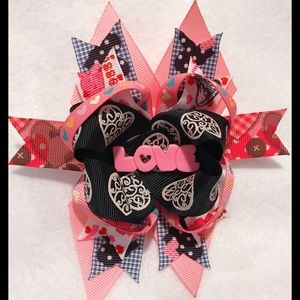 Other - Pink Love Bow